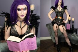 Angie Griffin Lingerie Raven Cosplay Photos