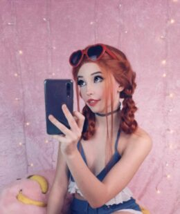 Belle Delphine Banana Sexy Snapchat Photos