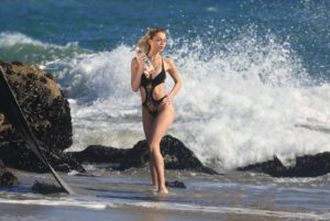 Kate Compton Nude Topless Photos