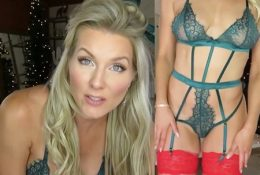 Kat Wonders 25 Days Of Lingerie Day 7 Video