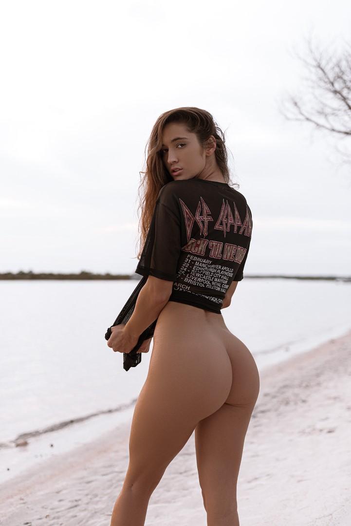 Natalie Roush Nude Sexy Assoass 1