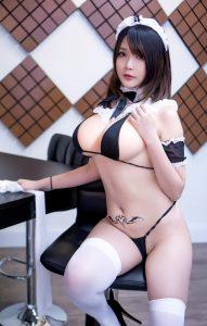 Hana Bunny Macrophage & Maid Cosplay