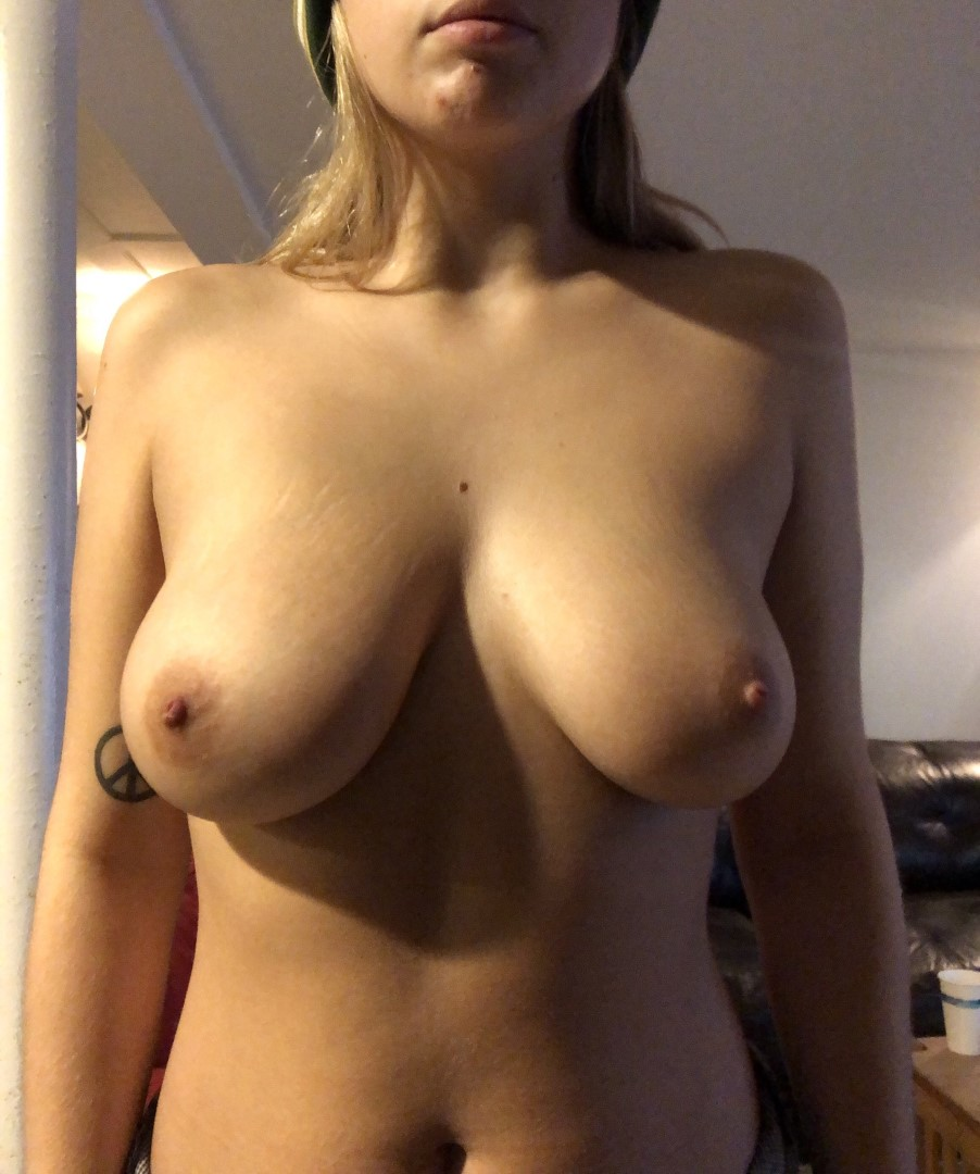 Mckeiyane Nude Leaked Videos and Naked Pics! 9
