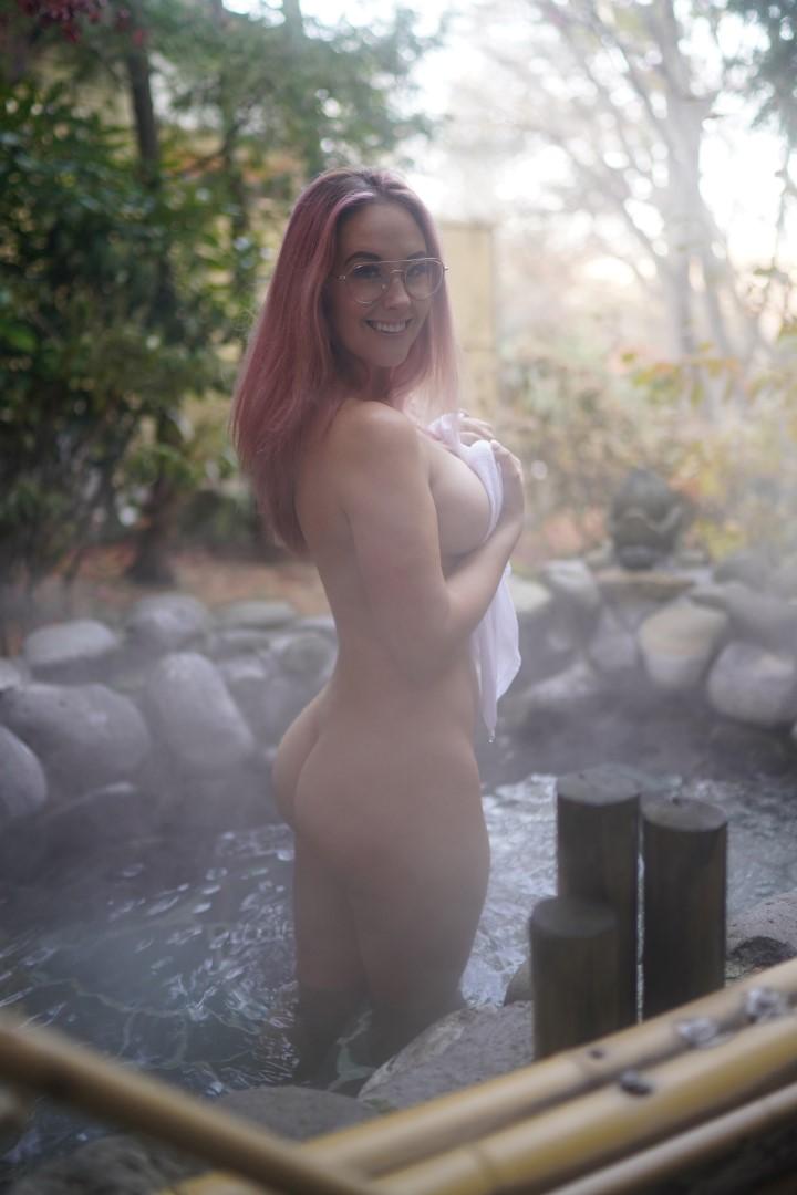 Nackt  Meg Turney Meg Turney
