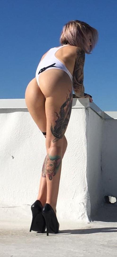 X mills naked sara Sara x