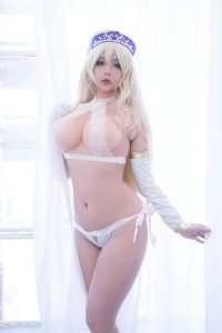 Hana Bunny Sword Maiden Cosplay [Goblin Slayer]