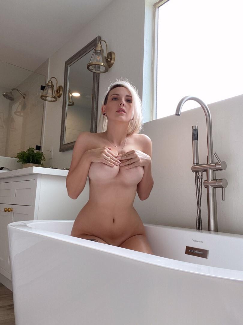 Shower tits selfie pics