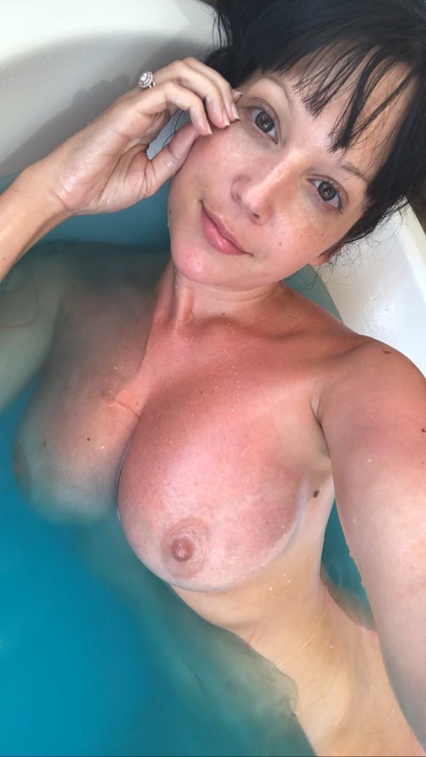 Nude marie jean Nicole Marie