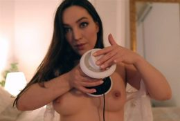 Orenda ASMR Topless Heatbeat Onlyfans Video