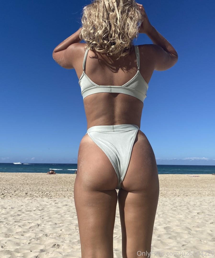 Scuba Steph Nude Lingerie Patreon Photos (4) - DirtyShip.com