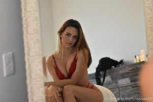 Essaere Onlyfans Leaked Lingerie Lewd Photos